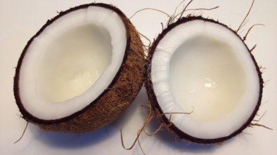 Kokos a kaki blahodárné účinky