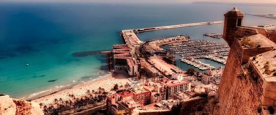 """Město zalité sluncem: """"Alicante"""""""