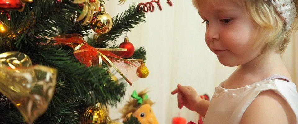 Darujte dětem jiný dárek než elektroniku