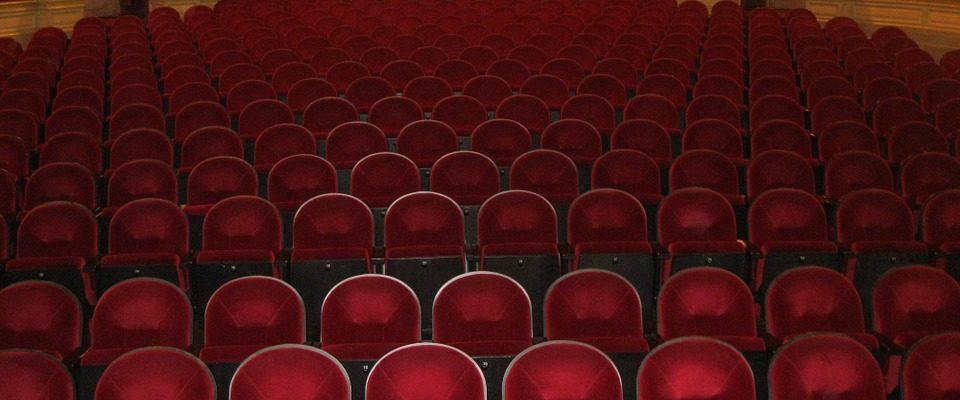 Sezonu v Městském divadle Brno zahájila Žebrácká opera